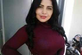 Adriana rios, 28 - Just Me