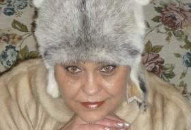 Oksana, 56 - Just Me