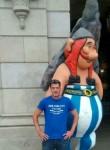 Carlos, 36  , A Coruna