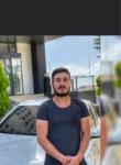 Kareonlu, 25, Istanbul