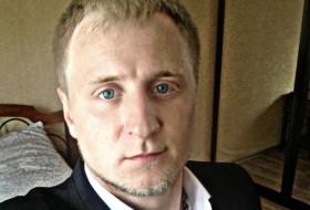 Vladimir, 30 - Just Me