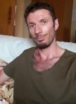 Carmelo, 35  , Catania