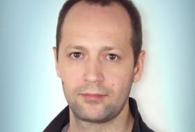 Vik Tor, 39 - Just Me