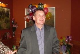 Anatoliy, 62 - Just Me