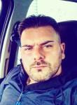 Francesco , 38  , Bari