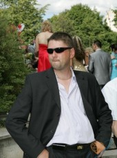 Viktor, 42, Russia, Saint Petersburg