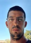 Victor, 31  , Gravina di Catania
