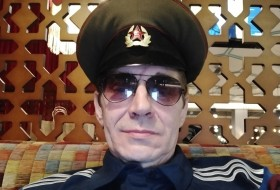 DMITRIY, 56 - Just Me