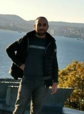 Artur, 30, Russia, Gelendzhik