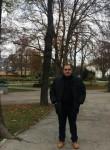 gia, 45  , Vienna
