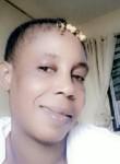 Ndeye, 46  , Dakar