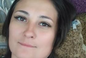 DARYA MEZHUEVA, 29 - Just Me