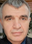 aydin, 46, Istanbul