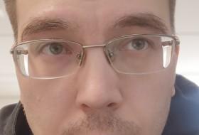 Alexander, 34 - Just Me