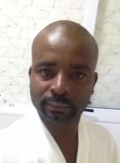 Ariclenes   Mendes, 42, Angola, Luanda