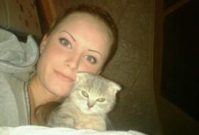 Yuliana, 28 - Just Me