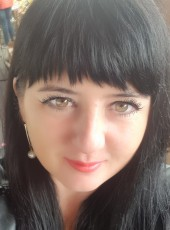 yuliya, 40, Belarus, Brest