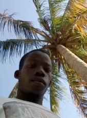 Ibraimo Muamin, 25, Mozambique, Nacala