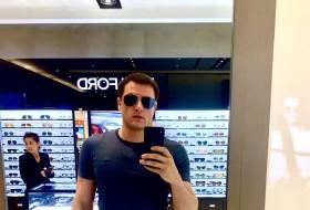 Maks, 35 - Just Me