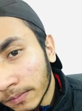 Khan , 21, France, Pierrefitte-sur-Seine