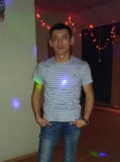 Zhenya, 29, Russia, Yekaterinburg