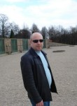 Alexandr , 55  , Berlin