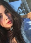 Laura, 18  , Barcelona