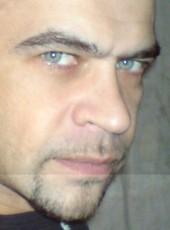 Oleg, 32, Russia, Moscow
