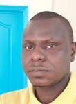 Amadou, 36  , Libreville