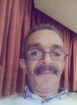 nabil, 54  , Tunis