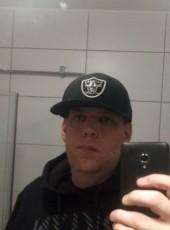 Tim, 32, Sweden, Haninge