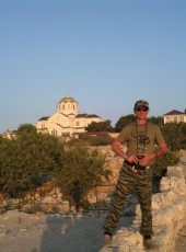 Aleksandr, 57, Russia, Sevastopol