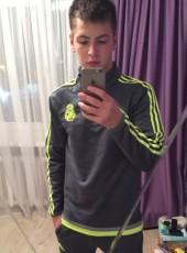 Maksim, 22, Abkhazia, Sokhumi