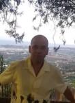Juan Antonio, 46  , Madrid
