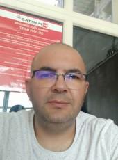 Kaya, 40, Turkey, Ankara