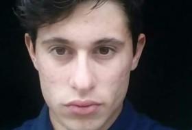 Nilvo , 23 - Just Me
