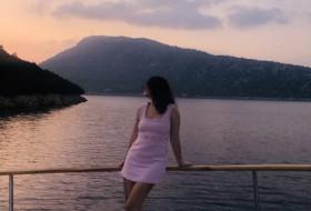 Kseniya, 33 - Just Me