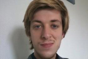 Fabien , 27 - Just Me