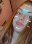 Maena, 18  , Charleroi