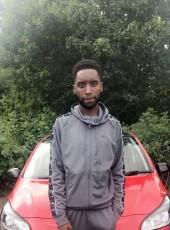 Lawrence , 20, United Kingdom, Luton
