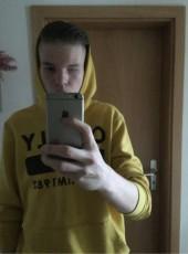 Lucas, 18, Germany, Neustrelitz