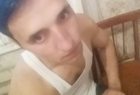 Borya, 31 - Just Me