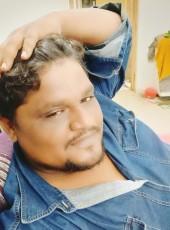 Majid, 33, India, Surat