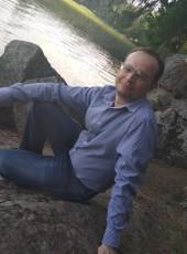 Valeriy, 39, Russia, Saint Petersburg