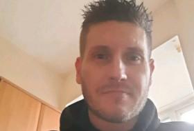 Darren, 41 - Just Me