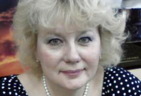 Raisa, 59 - Just Me