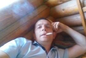 Aktor, 37 - Just Me