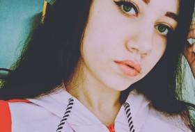 Alina Zaytseva, 22 - Just Me
