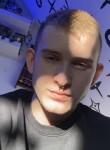 Simon, 18  , Vienna