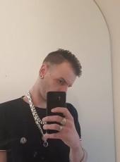 Zoomy, 31, Koninkrijk der Nederlanden, Hoogezand